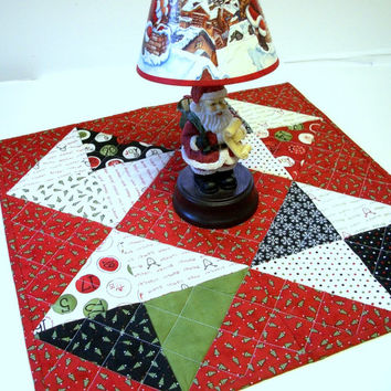 Christmas Table Topper Countdown to Christmas WInter Holiday Triangles Quilted