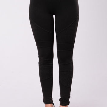 The Girl In Moto Legging - Black