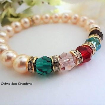 Swarovski Crystal Mothers Birthstone Bracelet Mothers Pearl Bracelet Grandma Jewelry Nana Family Bracelet Mothers Day Gift For Mom Jewelry