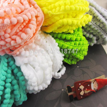 2yards lot 10mm Width Pom Pom Trim Ball Fringe Ribbon DIY Sewing Accessory Lace 17011001(10D2y)
