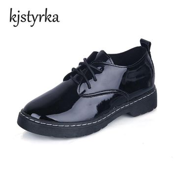Kjstyrka Oxford Shoes For Women Shoes Patent Leather Lace-up Female Casual Shoes Flats 2018 Spring Autumn Lace-Up Zapatos Mujer