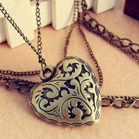 Retro Multilayer heart Pattern necklace pendant by engadget