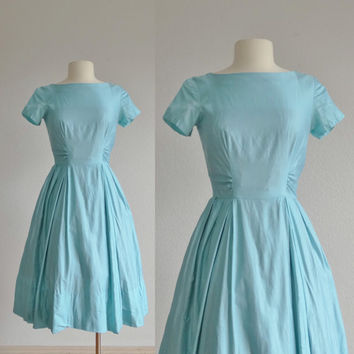 1950s light blue cotton dress - 50s vintage dress - spring summer - fit and flare skater a line full skirt - women extra small xs s