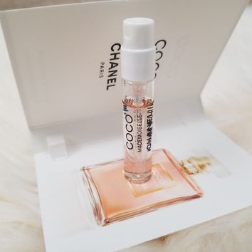 Chanel COCO Mademoiselle Sample Size .06 FL with Chanel Sample Gift Bag