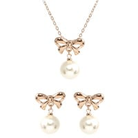 Le Petite Princess Pearl Bow Drop Clip On Earrings Necklace Set
