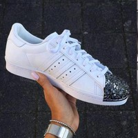 Adidas Shamrock SUPERSTAR metal shell head shoes white-1