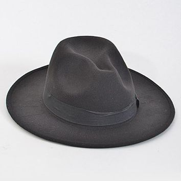 fedora with thick band