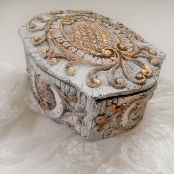 Jewelry box, jewellery box, gift box, trinket box, decorative, keepsake, treasure, dressing table box, paper mache box, clarashandmade