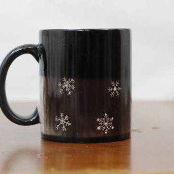 Color Changing Snowflake Mug Holiday Mug  Christmas Mug   Holiday Gift  Coffee Lover  Printed Mug  Hand Drawn  Mug  Snowflakes  Ceramic Mug