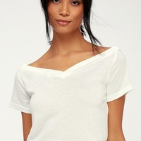 Bostwick White Off-the-Shoulder Tee