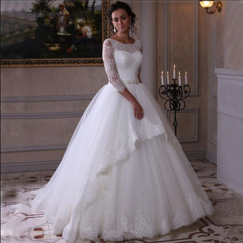 2016 Elegant Aribic white lace ball gown princess wedding dress appliques Three Quarter Sleeve corset fashion wedding gowns