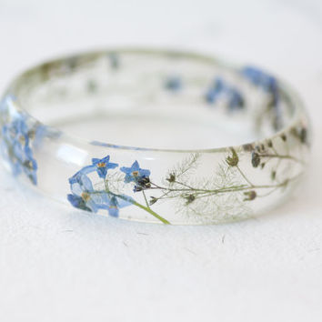 Forget me not Resin bangle - Forget me not bracelet - Botanical bracelet - Floral bracelet - botanical bangle - Cuff bracelet