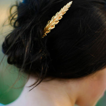 Luxe Gold  Brass Feather Hair Pin Woodland Chic Bobby Pin Autumn Wedding Hair