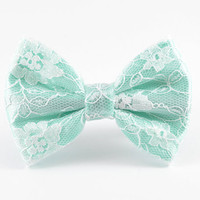 Mint Lace Hair Bow, Mint Bow, Lace Hair Bow, Lace Bow, Mint Green Hair Bow, Flower Girl Bow, Bridesmaid Bow, Wedding Hair Bow, Mint Wedding