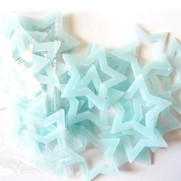 40pcs Blue Pink Green Fluorescent Wall sticker Star shape Glow In The Dark Stars Wall Stickers for kids Nursery room decoration