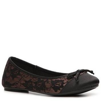 Kelly & Katie Carrie Lace Flat