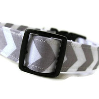 20 Colors to choose from Chevron Dog Collars - RILEY is Available in All Sizes -  Perfect for Game Day or a Special Occasion