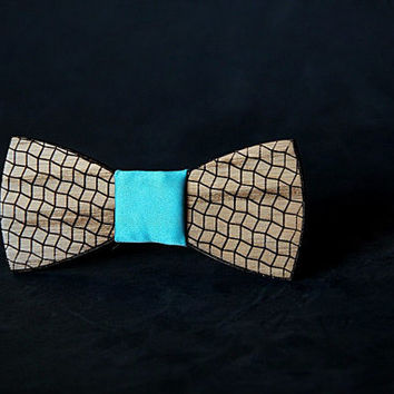 Wooden bow tie with unique design engraved. wood bowtie. mens accessories. Personal gift . #JVbowtie