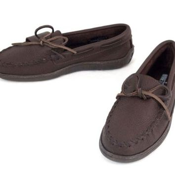 Leather Moccasin Shoes Sz 7 Minnetonka Slippers Cozy Comfort Fits Woman Sz 8.5