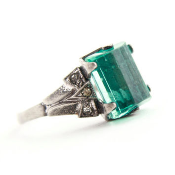 Antique Art Deco Sterling Silver Ring -  Size 6 Emerald Green Glass Stone & Rhinestone Costume Jewelry / Rectangular Facets