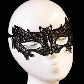 1PC Halloween Masks Black Female Sexy Lace Mask Lady Cutout Eye Mask For Masquerade Fancy Dress Costume Bat Mesh Mask Party
