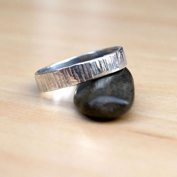 Shiny Band, Sterling Silver Ring, Hammered Ring, Man's Band, Wedding Band, Minimalist Ring, Modern Contemporary Band, Ready to Ship, Unisex