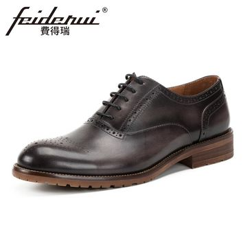 Vintage Genuine Leather Men's Handmade Oxfords British Round Toe Lace-up Man Carved Formal Dress Wedding Brogue Shoes KUD102