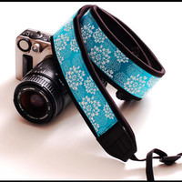 Beautiful Camera Strap that is now interchangeable by sizzlestrapz