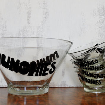 Vintage Glass Snack Bowl Set, Munchies in Black Typography