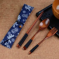High Quality Japanese Natural Wooden Fork Tableware With Cloth Packing Kit Restaurant Dining Room Dinnerware Set