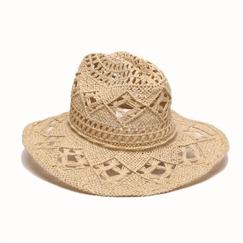 ále by Alessandra Caballera Hat in White | Trendy Vacation Style | SolEscapes.com