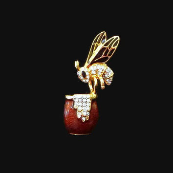 Bee Brooch, Bee on Honey Pot, Vintage, Enamel & Rhinestone Honey Bee Pin, Designer Signed H.I., Darling!