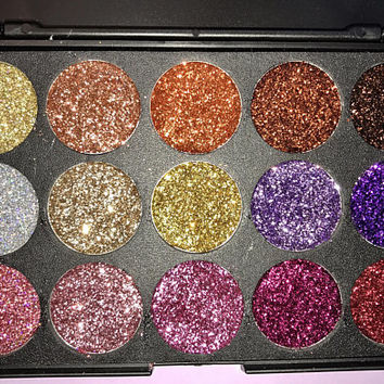FALL COLLECTION 15 Pan Pressed Glitter Eyeshadow Palette