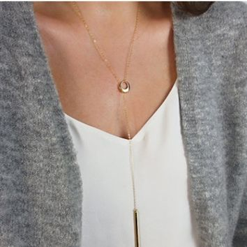 Geometric Triangle Sequins Clavicle Necklace