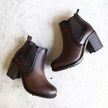 CREYONU3 chunky heel vegan leather chelsea boots - dark brown