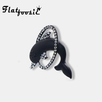 Flatfoosie Vivid Black Dolphin Crystal Brooches Men Women's Party Banquet Brooch Lovely Denim Jacket Blouse Backpack Accessories
