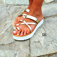 Leather women gold Sandal shoes Traveller , toe-wrapper sandal, leather shoes