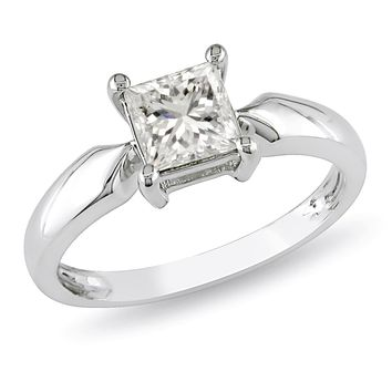 1 Carat Diamond Solitaire Ring in 14k White Gold