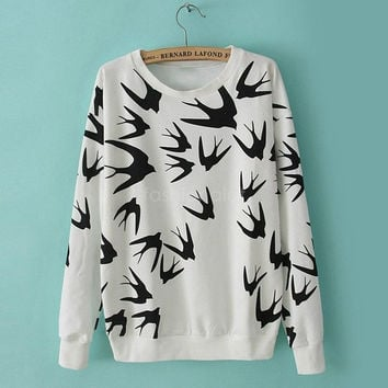Autumn And Winter Women Swallow Printing Thickening Loose-sleeved Pullover Sweater = 1946104324
