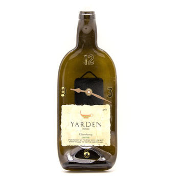 Yarden Chardonnay Wine bottle clock - recycled bottle clock - Recycled Yarden Chardonnay melted wine bottle clock - Housewarming gift