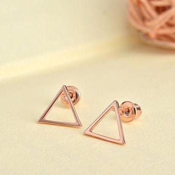 SMJEL Small Hallow Triangle earrings for women Metal Geometric Earrings boucles d'oreilles pour les femmes Simple Earing Gifts