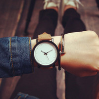 Retro Style Leather Watch Unique Simple Watches + Gift Box- 480