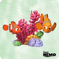 Disney - Finding Nemo - 2003 Hallmark Ornament