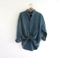 vintage green cotton shirt. washed out shirt. button down shirt.