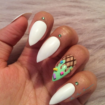 Press on nails ~ False nails ~ Stiletto nails ~ Stiletto false nails ~ Fake nails ~ Pretty nails ~ Ice cream nails  ~ Ice cream fake nails