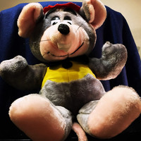 "5 DAY SALE (Ends Soon) 1988 21"" Chuck E Cheese Plush"
