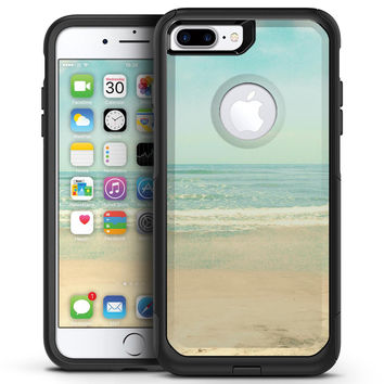 Relaxed Beach - iPhone 7 or 7 Plus Commuter Case Skin Kit