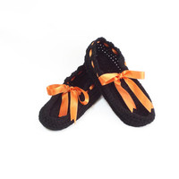ON SALE // Crochet slippers, Black, Black and orange slippers, Thick house slippers, House shoes Crochet slippers in red, Pompom slippers