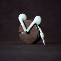 $27.00 Wood Earbud Holder / Earphone Organizer  East by AcousticDesign