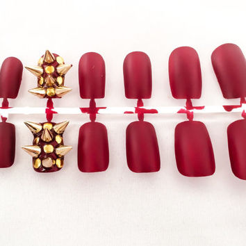 Matte Red Fake Nails, Gold Nail Art Spikes, Artifical Nails, Acrylic Nails, False Fingernails, Press On Nails, Glue On Nails, Gifts For Her